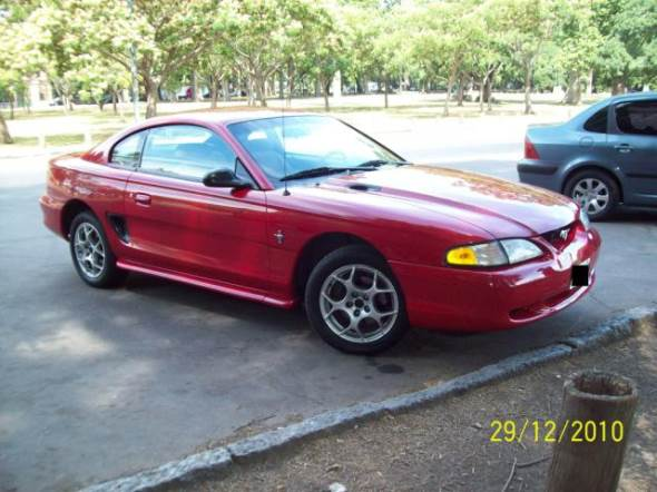 Car Ford Mustang