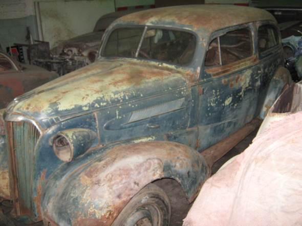 Auto Chevrolet 1937 Tudor