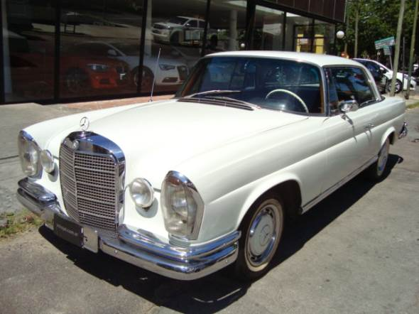 Auto Mercedes Benz 280 SE Coupé