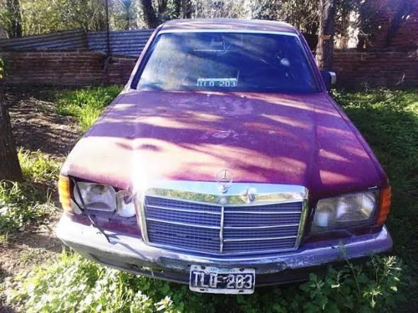 Car Mercedes Benz S280