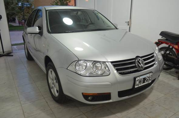 Auto Volkswagen Bora 2.0