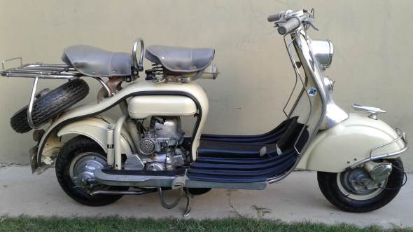 Siambretta LD De Lujo Motorcycle