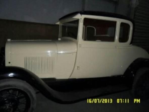 Car Ford A 1928 Coupé