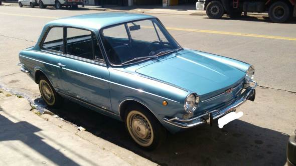 Car Fiat 800 Coupé
