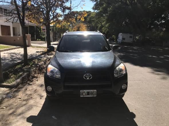 Auto Toyota Rav4
