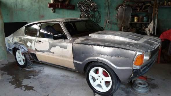 Car Ford Coupé 1983