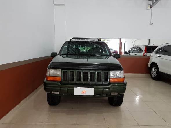 Car Jeep Cherokee Limited