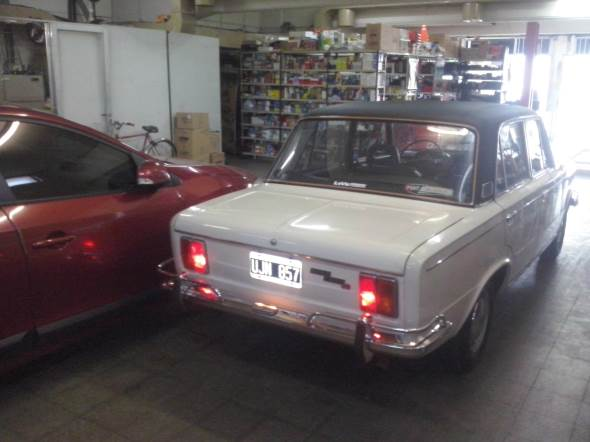 Car Fiat 1600 90h