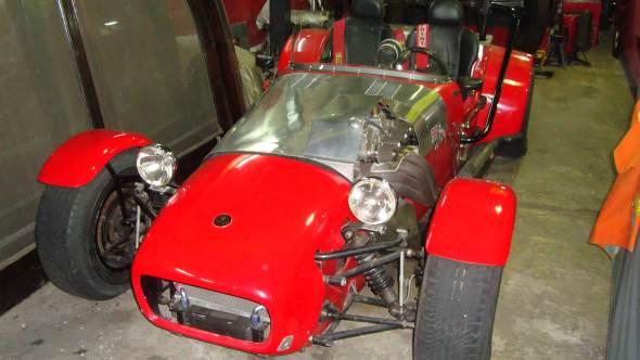 Car Lotus Serie 2000