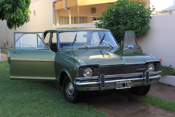 Car Chevrolet 400 Special 1971