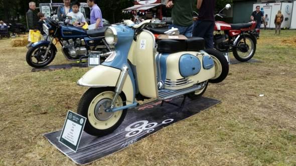 Moto Puch Sra 150
