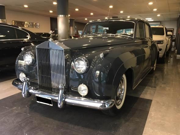 Car Rolls Royce Silver Cloud II
