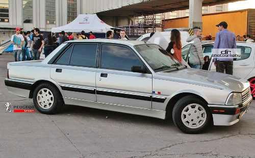 Car Peugeot 505