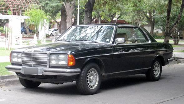 Auto Mercedes Benz 230 C