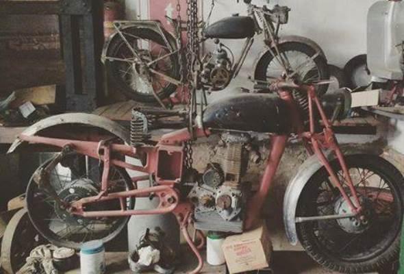 Moto Sertum VT4