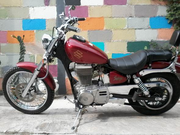 Motorcycle Suzuki Savage LS 650