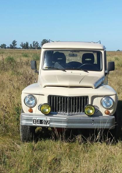 Auto IKA Estanciera Brasilera 4x4