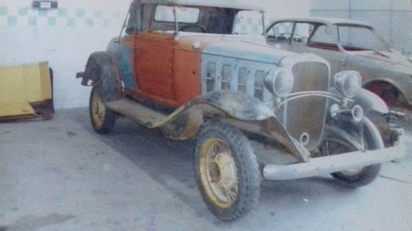 Car Chevrolet Roadster 1932