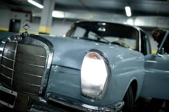 Auto Mercedes Benz 220