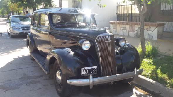 Auto Chevrolet De Luxe 1937