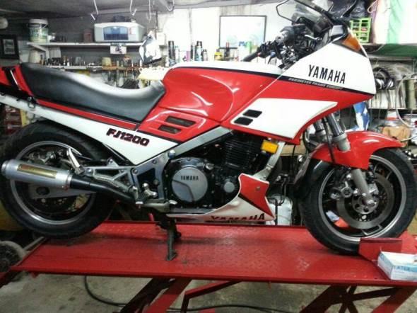 Moto Yamaha FJ1200 1986