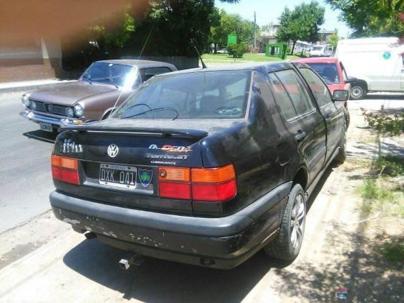 Auto Volkswagen Vento