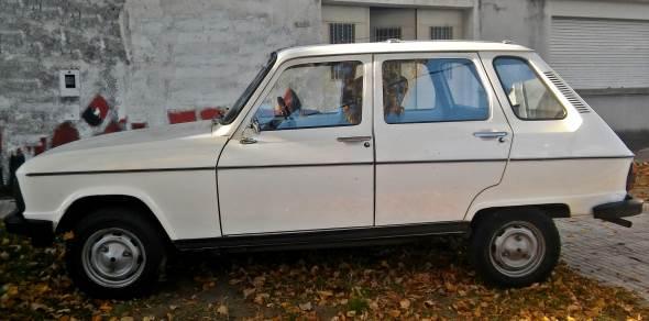 Auto Renault R6 GTL