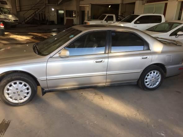 Auto Honda Accord Exlr