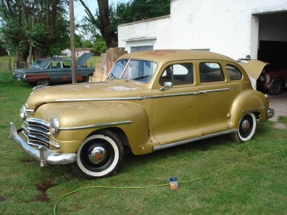 Auto Plymouth 1946