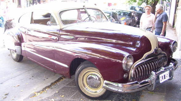 Car Buick 1948 Sedanette
