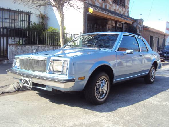 Auto Buick Skylark Coupé