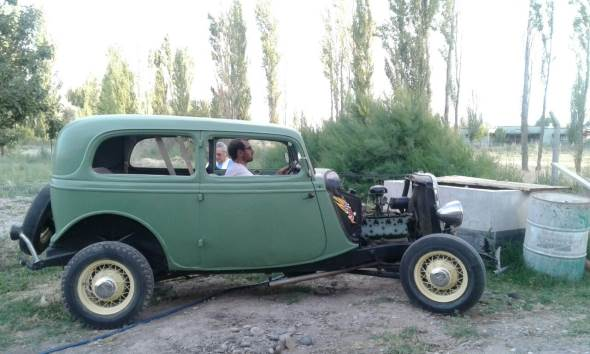 Car Ford BB 1933