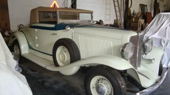 Car Auburn Cabriolet  1933