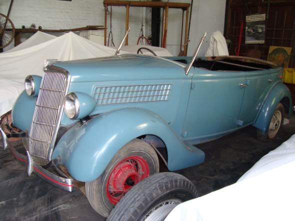 Auto Ford Phaeton 1935