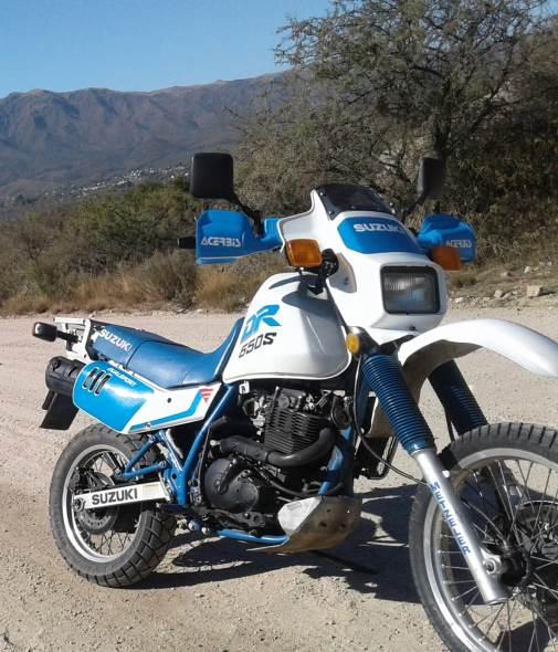 Motorcycle Suzuki DR650