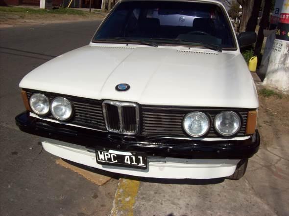 Car BMW 316