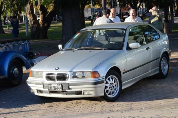Auto BMW 316i Compact