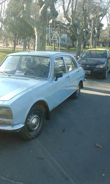 Auto Peugeot 1974