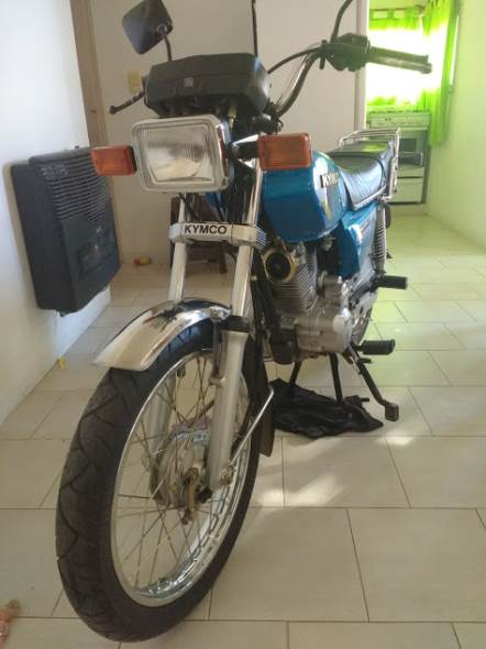 Motorcycle Kimco Grand King 150
