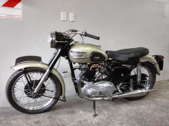 Triumph 1954 Motorcycle
