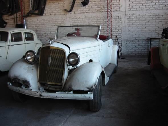 Car Chevrolet 1934 Roadster