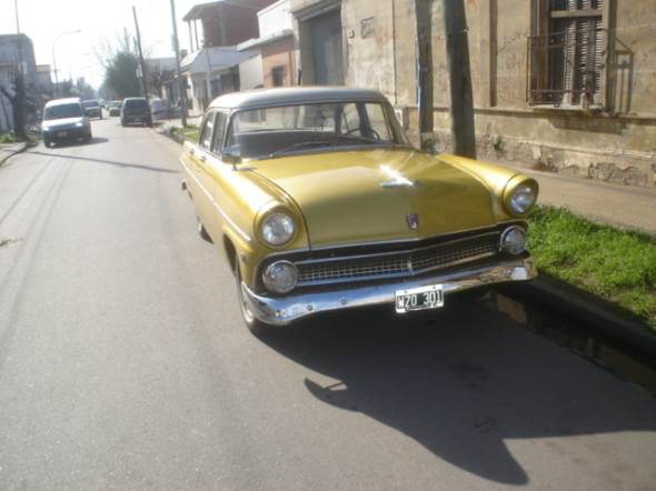 Auto Ford 1955 Customline