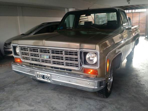 Auto Chevrolet C10 Deluxe