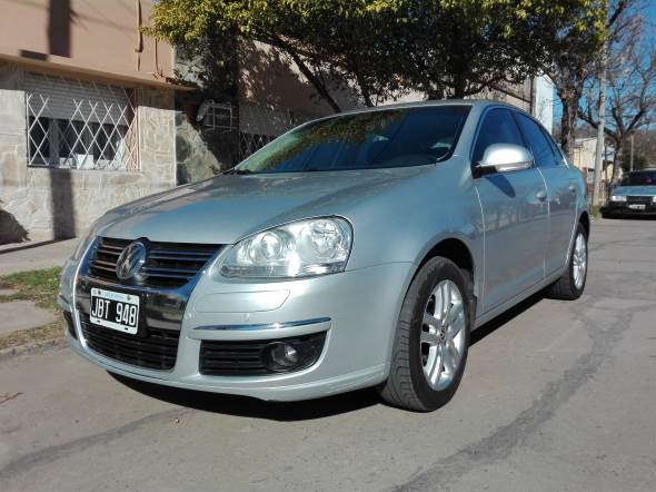 Car Volkswagen Vento 1.9 Tdi Advance