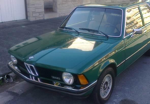 Car BMW E21 316