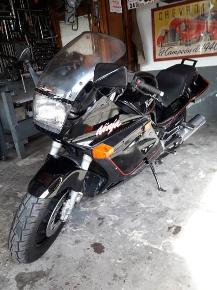 Motorcycle Kawasaki Ninja 1986 1000R