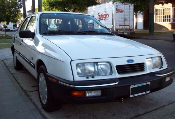Car Ford Sierra 2.3