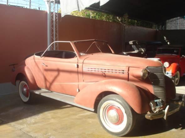 Car Chevrolet 1938