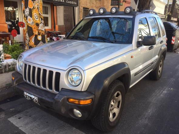Car Jeep Cherokee CRD