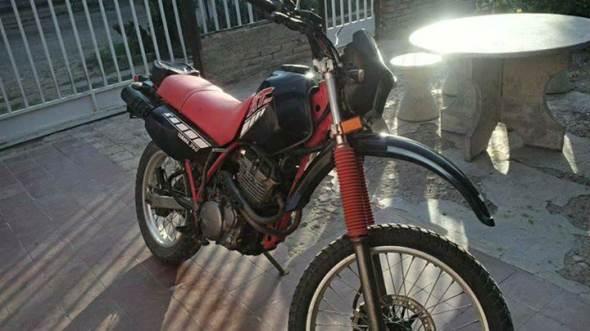 Yamaha XT 350 Motorcycle